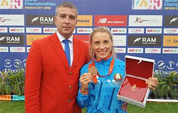 aux-head-1536915571-20180914_prokopenko_medal_360