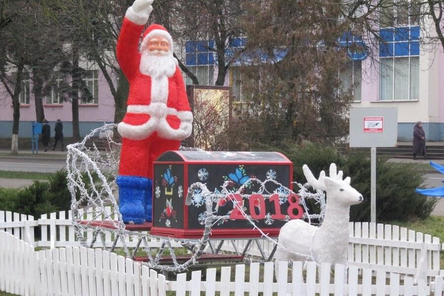 К Новому году Слуцк украсят в серебристо-синих тонах - Слуцк Деловой