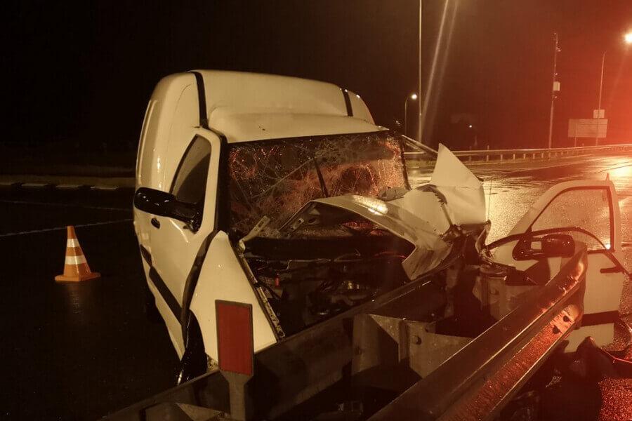 В Слуцком районе водителя сбило авто: он остановился оказать помощь пострадавшим в ДТП - Слуцк Деловой