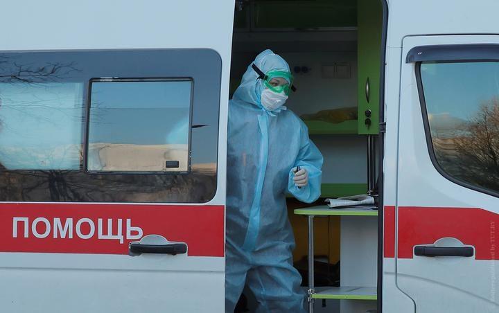 koronavirus_vrach_2020-03-13t161153z_1913641171_rc24jf9cmn8c_rtrmadp_3_health-coronavirus-belarus