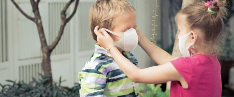 deti-v-medicinskih-maskah-782x440