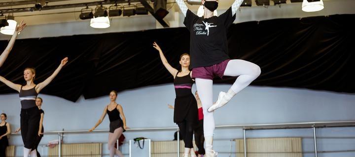 teatr_opery_i_baleta_20200605_shuk_tutby_phsl_5735
