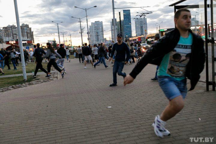 kamennaya_gorka_protesty_20200811_shuk_tutby_phsl_0705