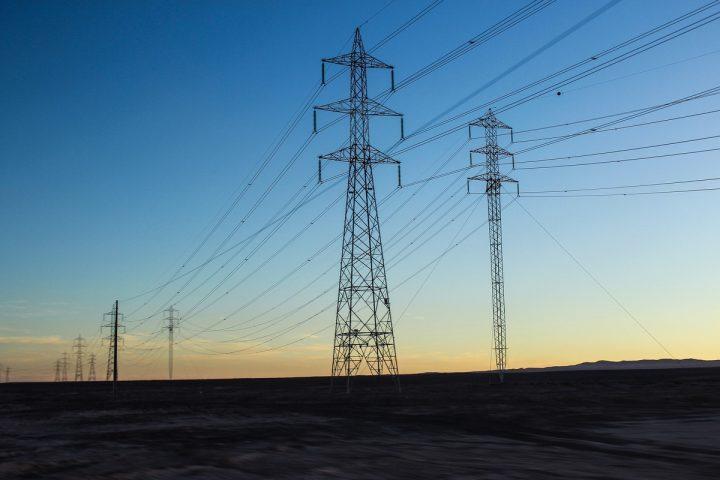 electricity-2403585_1920