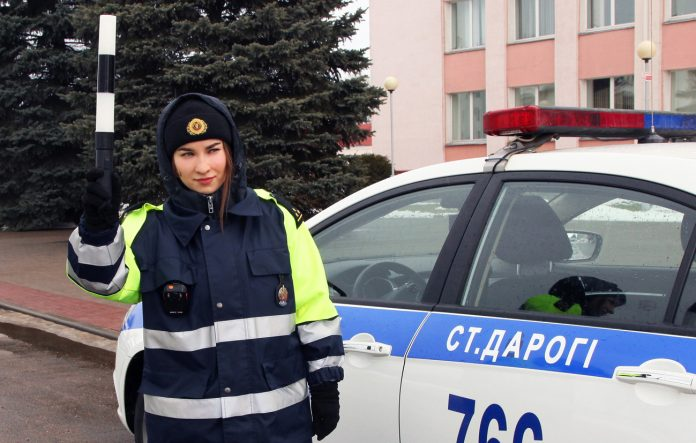 foto-gai-devushka-1-696x443